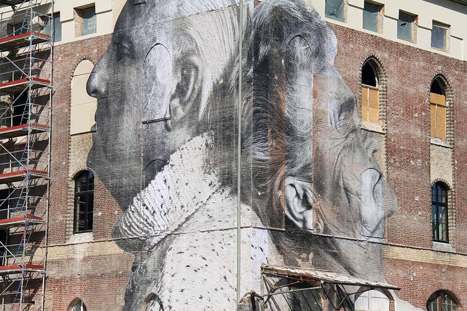 Cut-Out Street Art Berlin
