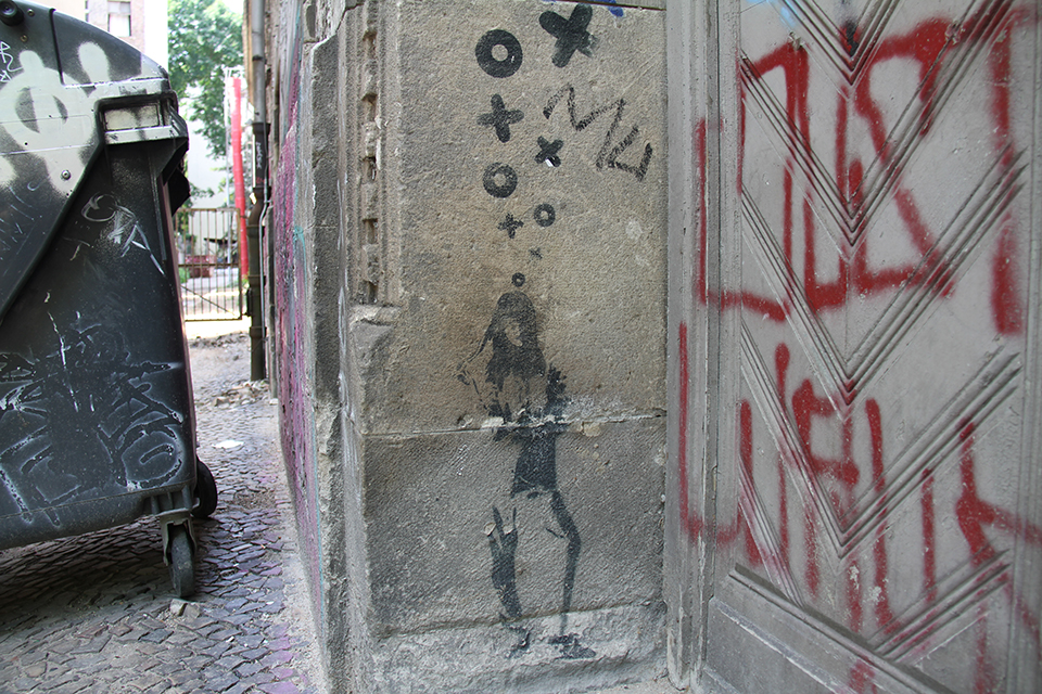 Street Art by XOOOOX in Berlin